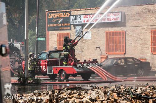 Chicago FD turret wagon at 5-11 alarm fire