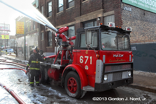 Chicago FD turret wagon 671 working at fire scene