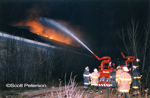Pullman factory fire in Chicago December 1998