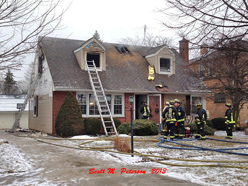 House fire on Hi Lusi in Mt Prospect