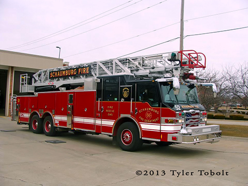 Pierce 100' aluminum aerial ladder