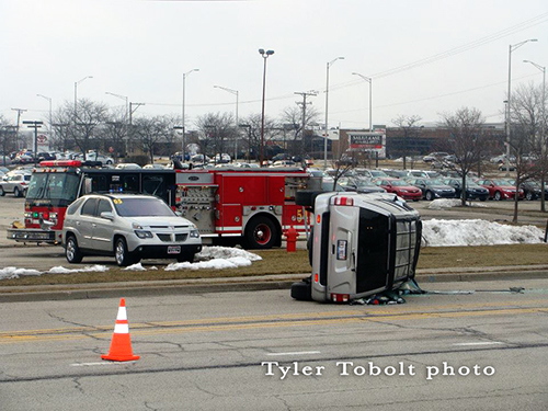 Rollover accident in Schaumburg