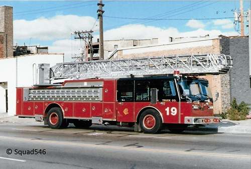 Chicago Truck 19 E-ONE aerial