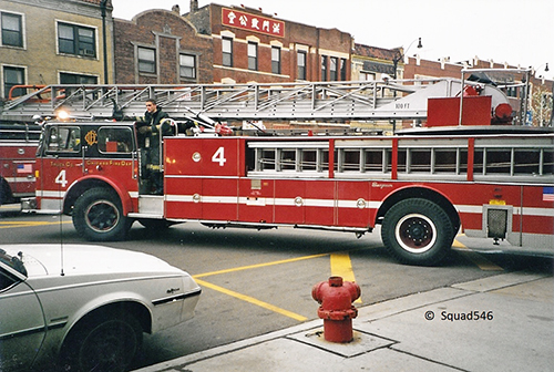 Chicago FD Truck 4 Seagrave aerial