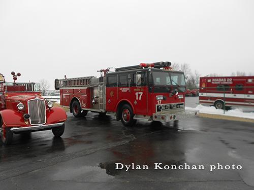 Chicago FD Ward LaFrance Ranger Engine 17