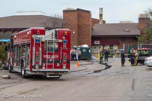 chemical spill at the Lincolnshire Marriott 4-23-13