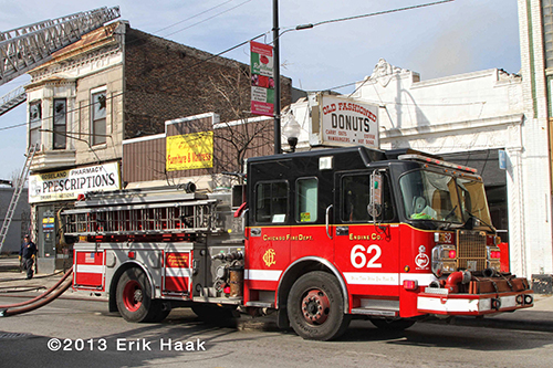 Chicago FD engine pumping at fire scene