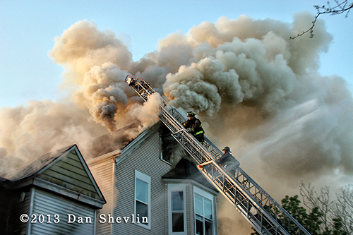 heavy smoke at fire in Chicago