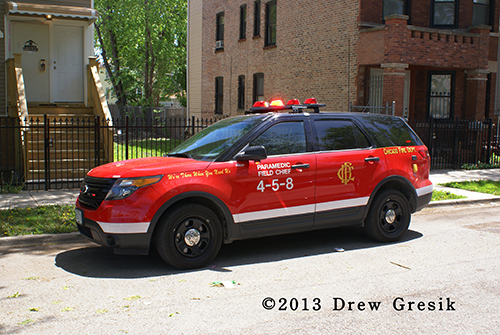 Chicago FD Paramedic Field Chief 4-5-8