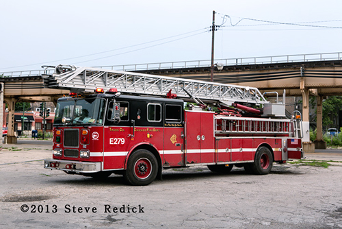 spare Chicago FD ladder truck