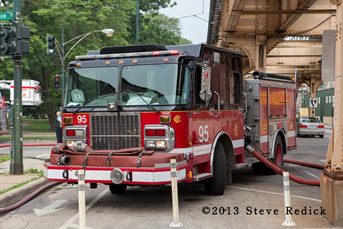 Chicago FD fire engine 95