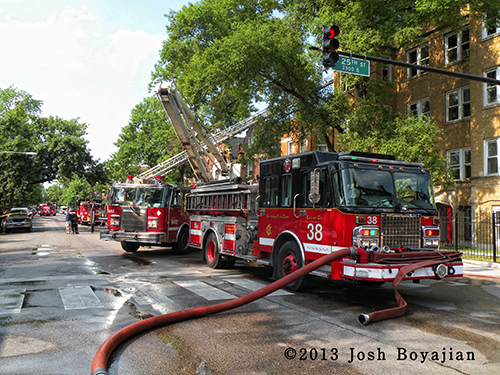 3-11 Alarm fire in Chicago apartment building on S. Central Park
