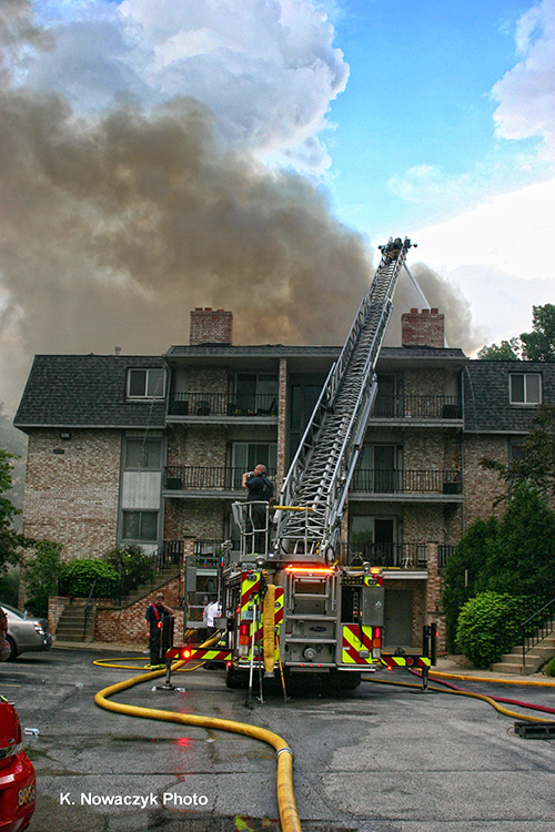 apartment building fire in Schererville IN 5-30-13
