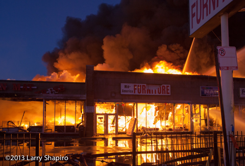 4 11 Alarm fire in Chicago