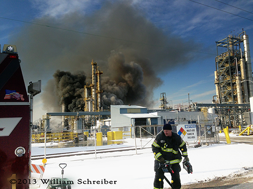 Explosion and fire at Blue Island Phenol in Alsip 12-13-13