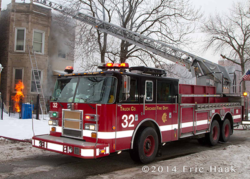 Chicago FD Truck 32