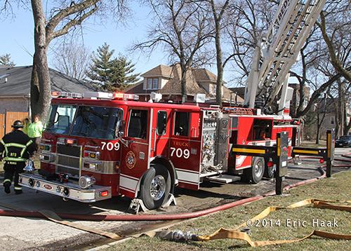 Pierce aerial ladder at fire scene