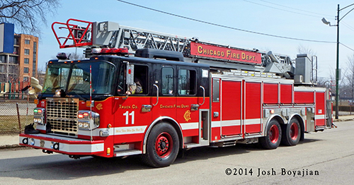 Spartan aerial ladder for the Chicago FD
