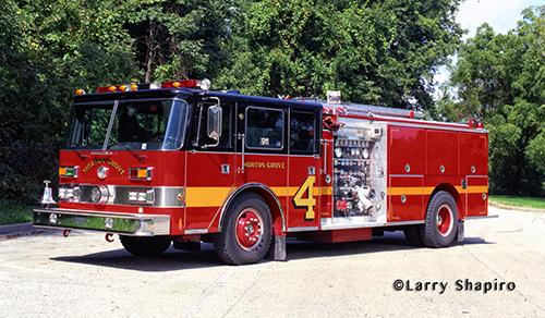 Pierce Arrow fire engine