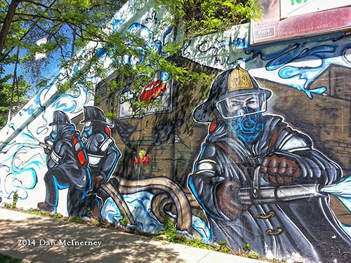 firefighter mural in Chicago