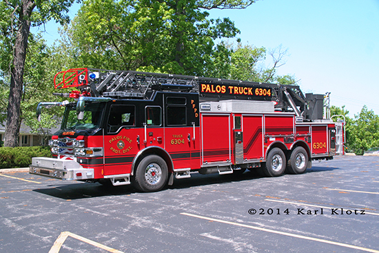 Pierce Velocity ladder truck