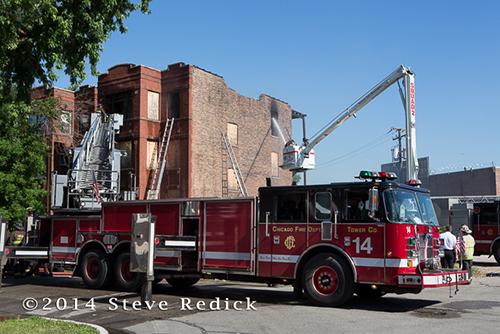 Chicago FD Tower Ladder 34