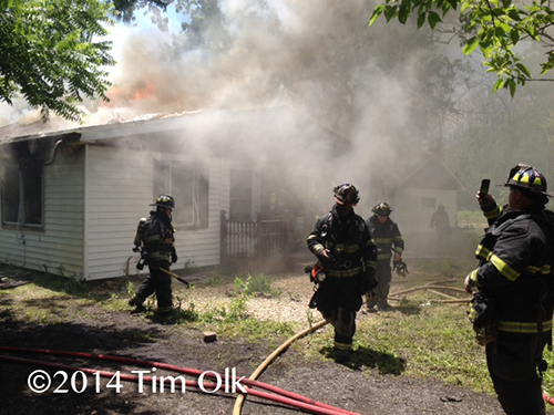 firemen burn house for training