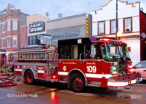 Chicago FD Engine 109 pumping at a fire