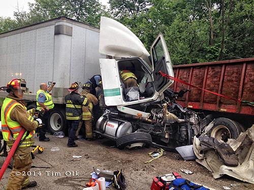 semi tractor demolished in crash