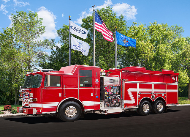 Pierce Arrow XT pumper/tanker for Byron
