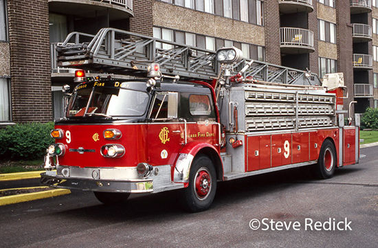 American laFrance ladder chief in Chicago