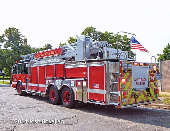 Chicago FD Truck 24