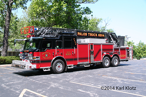 Pierce Velocity aerial ladder truck