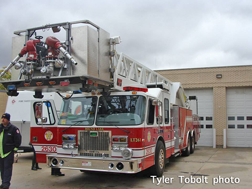 Round Lake FPD fire truck