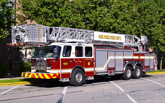 E-ONE HP95 tower ladder