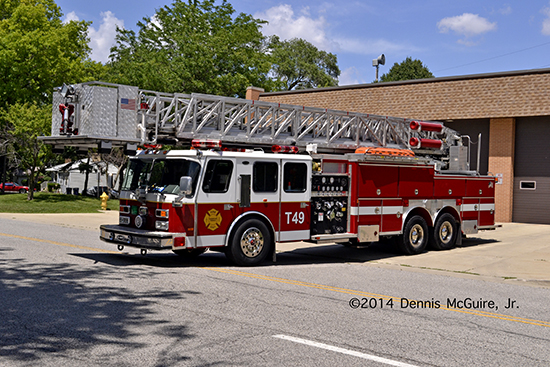 E-ONE tower ladder
