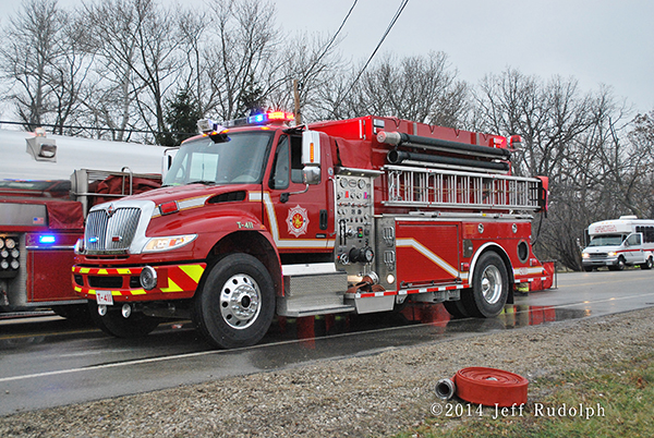 Countryside FPD water tender at fire scene