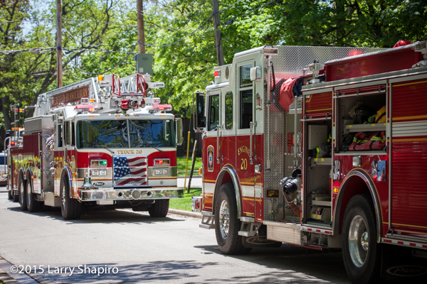Pierce fire trucks at fire scene Deerfield Bannockburn fire apparatus