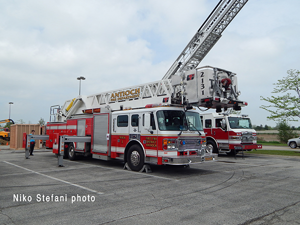 American LaFrance tower ladder