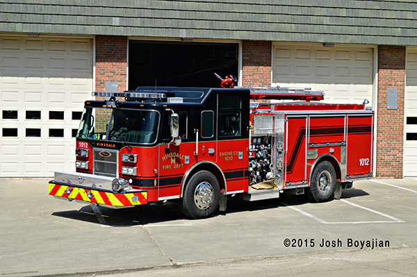 Pierce Saber fire engine Hinsdale fire department