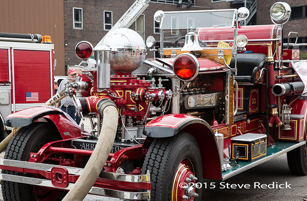 Former Chicago FD 1928 Ahrens Fox fire engine