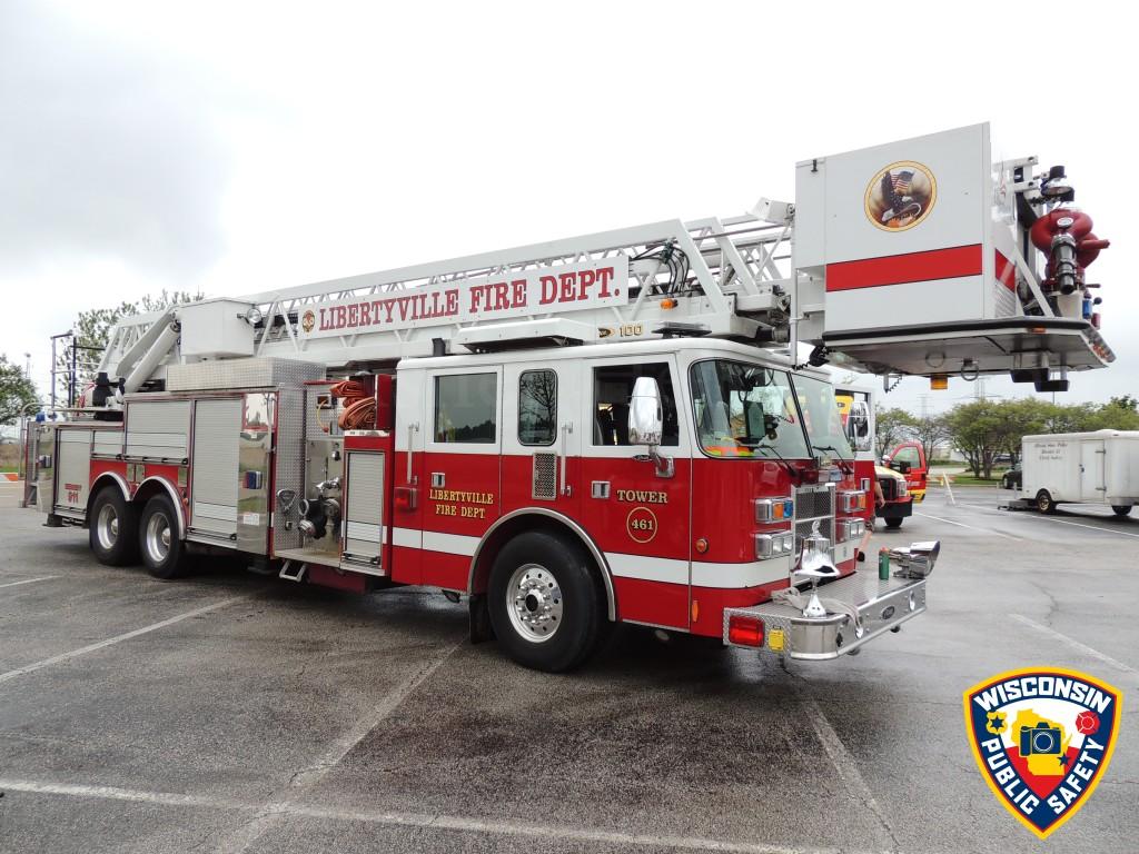 Libertyville FD tower ladder