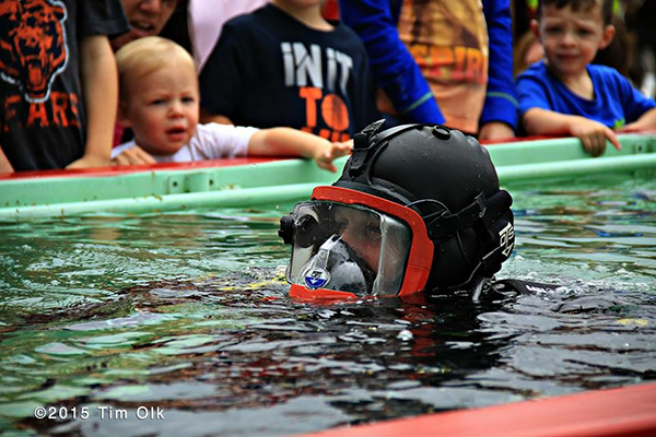 public demonstration of a fire department diver