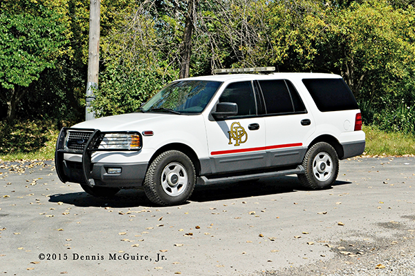 Ford Expedition fire department car
