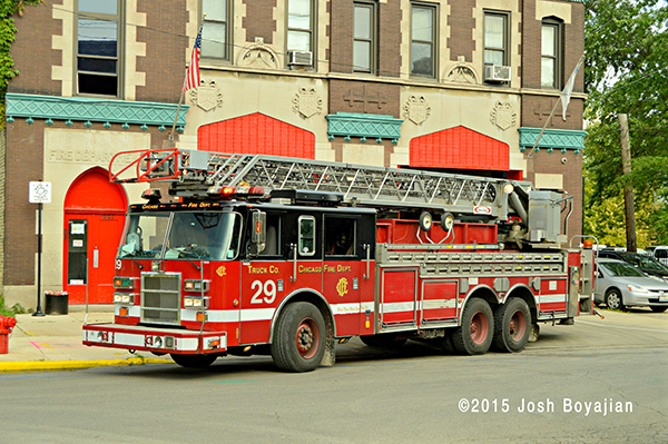 Chicago FD Truck 26