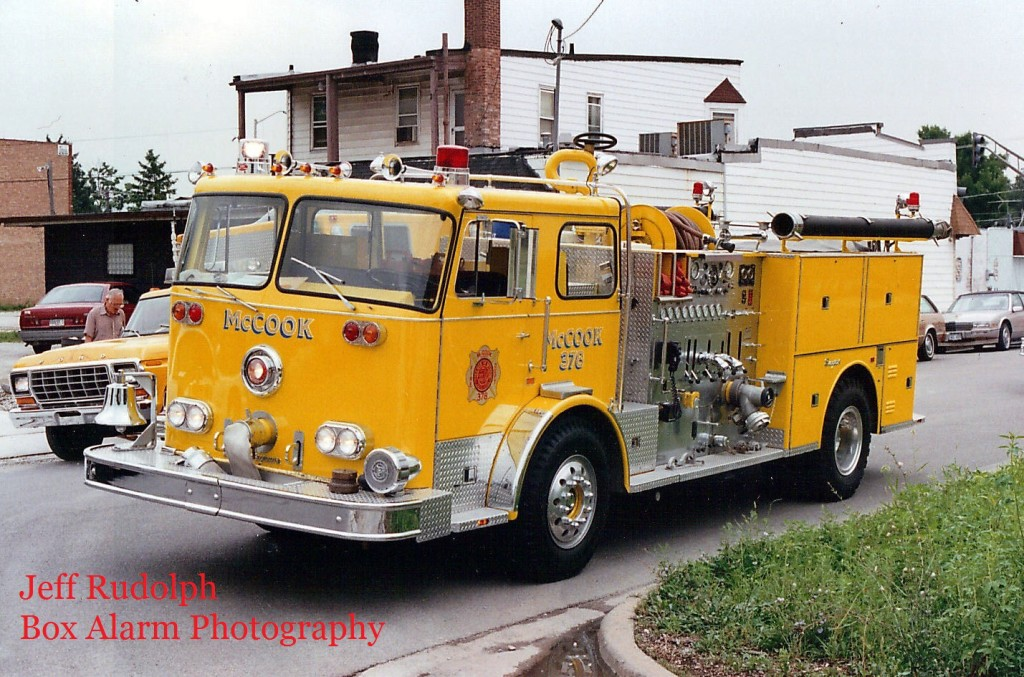 yellow 1977 Seagrave fire engine
