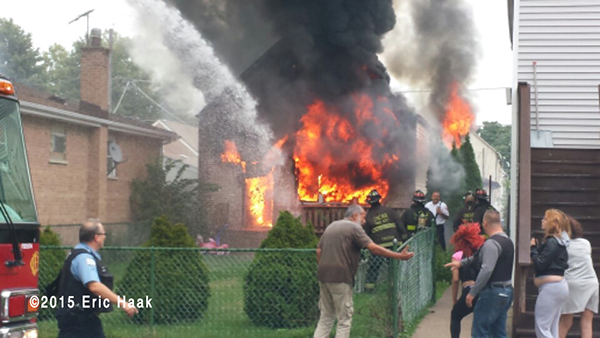 scene of fatal house fire in Chicago 8-29-15