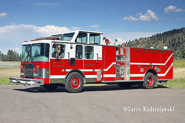 HME Luverne fire engine