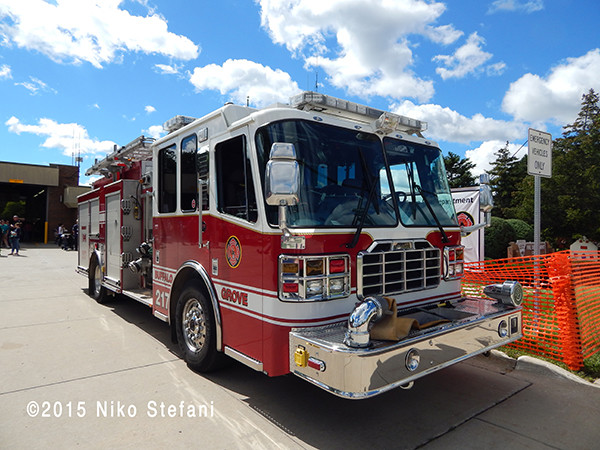 Ferrara fire engine in Buffalo Grove