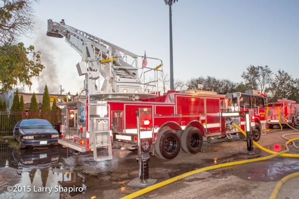 North Chicago FD Pierce tower ladder